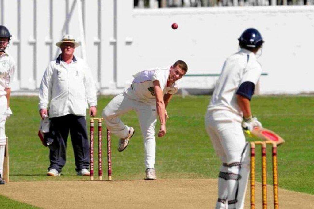 cricket aficionado